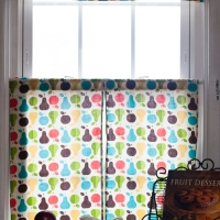 DIY Retro Kitchen Curtains