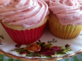 Yummy Stawberry Cupcakes!